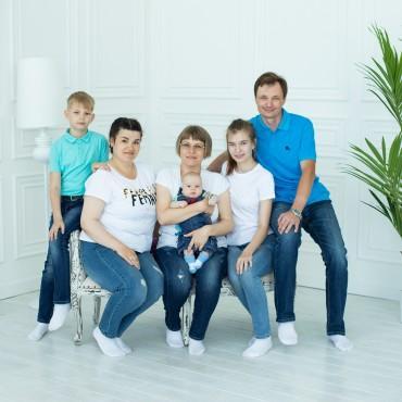 Альбом: Семейная фотосъемка, 20 фотографий