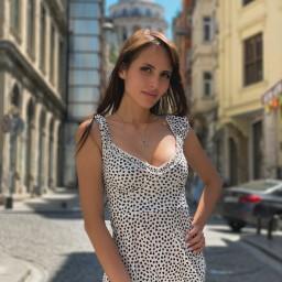 Ariana Real - Видеооператор Екатеринбурга
