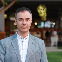 Александр Градов