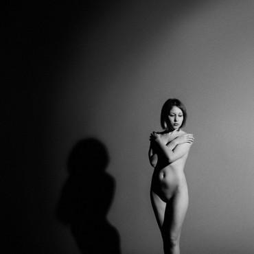 Альбом: Фотосъемка ню, 20 фотографий