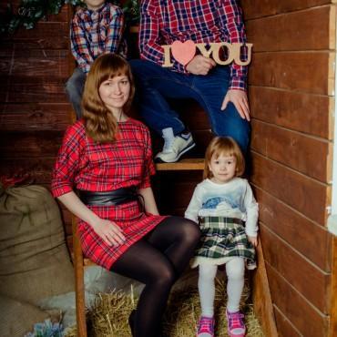 Альбом: Семейная фотосъемка, 17 фотографий