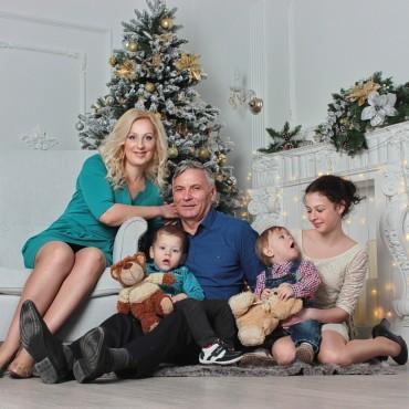 Альбом: Семейная фотосъемка, 12 фотографий