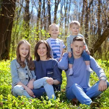 Альбом: Семейная фотосъемка, 49 фотографий