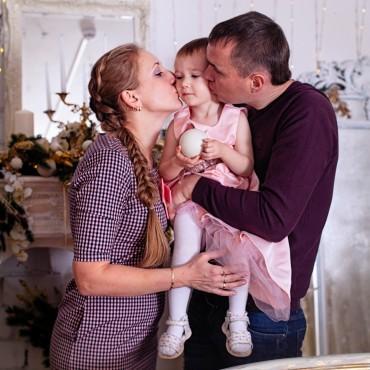 Альбом: Семейная фотосъемка, 26 фотографий