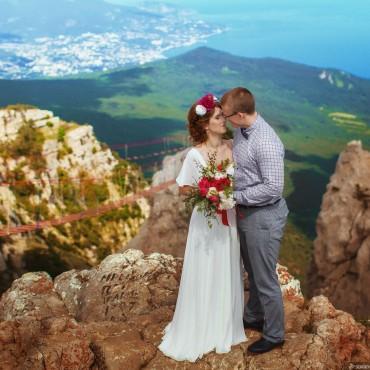 Альбом: Свадьба для двоих на Ай-Петри, 25 фотографий